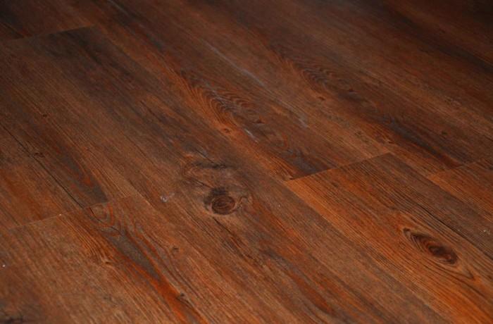 Venyl Planken verlegen | Altes Schulhaus